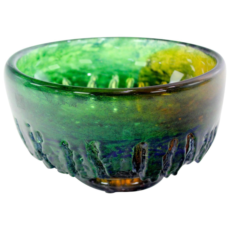 Scandinavian Modern Art Glass Bowl by Goran Warff for ...