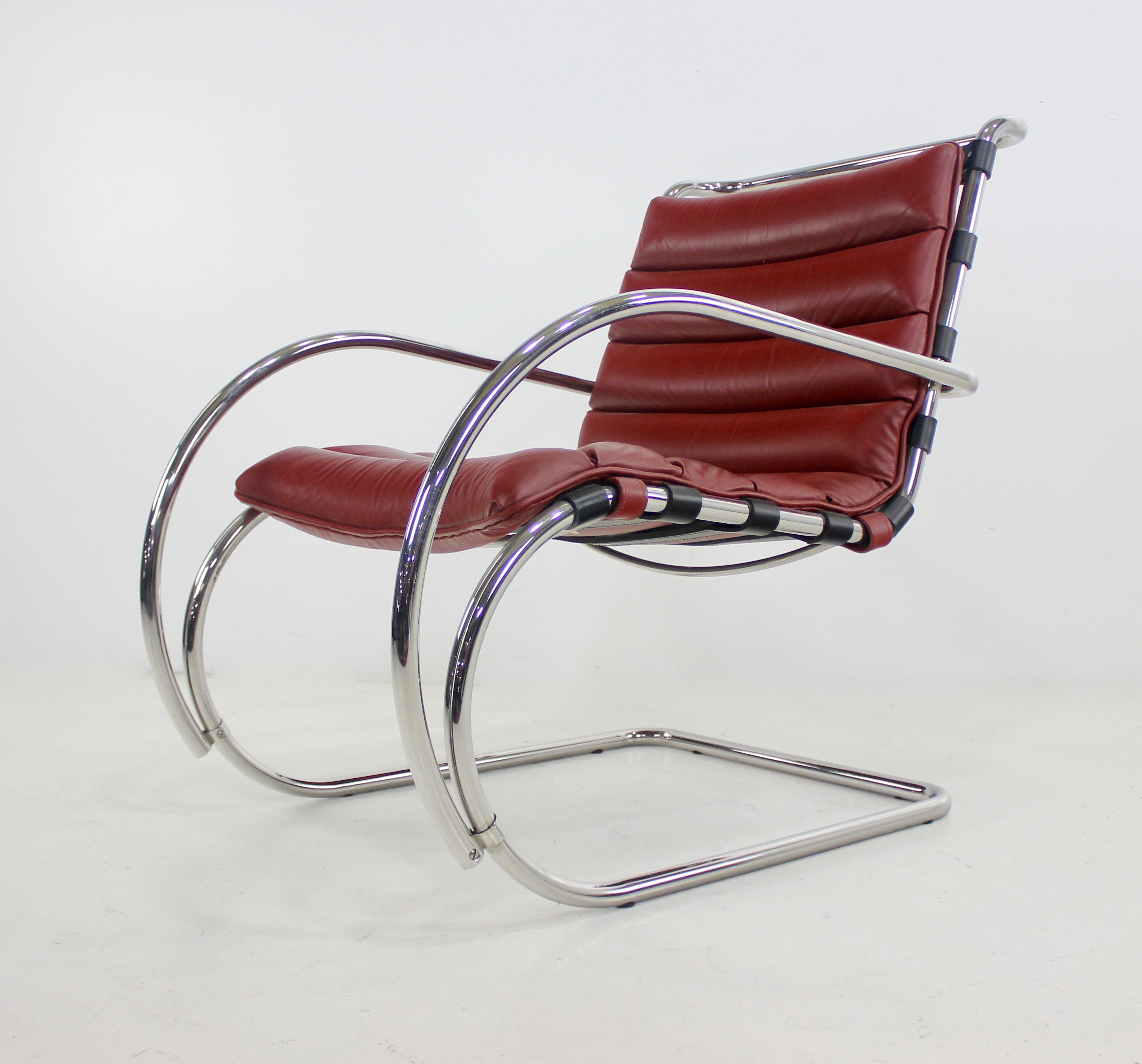 Swell Classic Mid Century Modern Chrome Leather Lounge Chairs By Theyellowbook Wood Chair Design Ideas Theyellowbookinfo